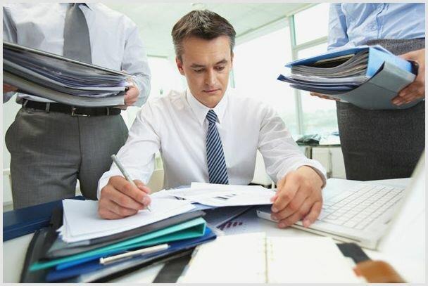 Бухгалтер. Услуги финансового учета. Соответствие стандартам